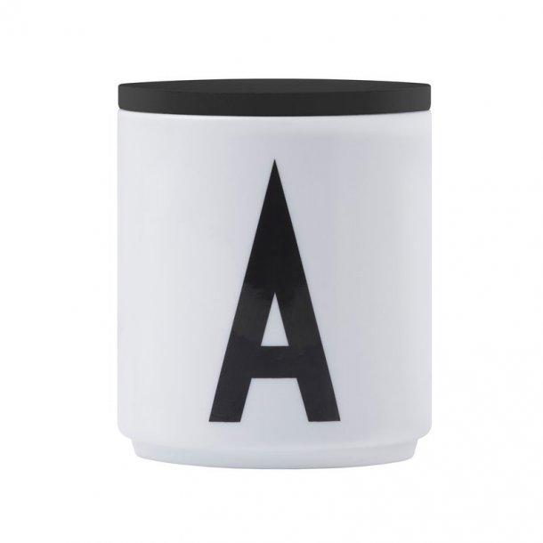 Design Letters Cap Black