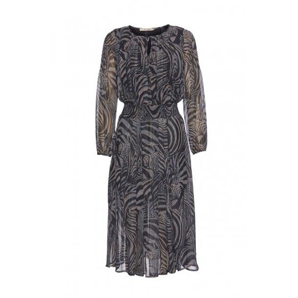 Deluce dress rdf