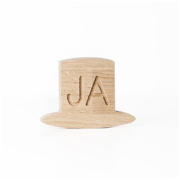 By bit ja hat