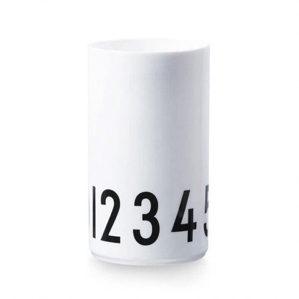 Design Letters Vase 09