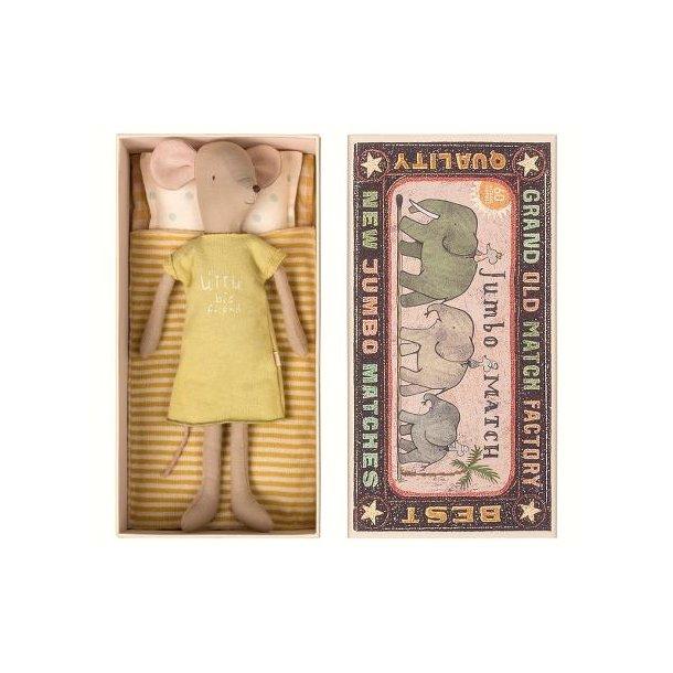 Maileg mouse in box medium girl